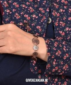 دستبند مسی دست ساز طرح برجسته لوتوس
